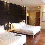 Big and spacious room, comfy beds