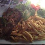 Entrecôte de boeuf et ses frites