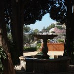 Interno dei giardini dell'hotel