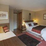Gold En suite Bedroom