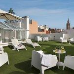 Photo de Suites Sevilla Plaza