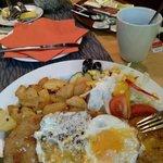 10min vor Kuchenschluss noch so ein Klasse Schnitzel und Tee ich bin begeistert :-)