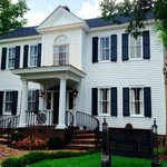 Carriage House Inn From Laurens Street