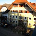 Blick vom Klosterhof zum Stammhaus