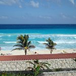 vista a la playa desde el hotel.