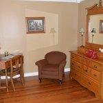 Sitting area of the Oak Room