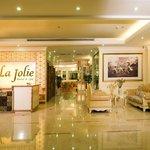 La Jolie Hotel & Spa