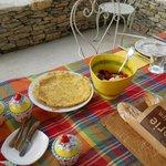 Petit déjeuner royal sous la tonnelle