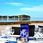 Foto van Empatheia Steak House & Cafe Beach Bar