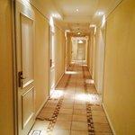 Hotelflur Hotel XII Apostel Albergo Köln