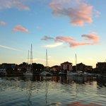 Dans le port de Porto Vecchio, au retour, au coucher du soleil
