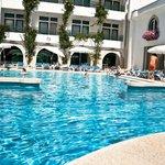 Photo of Hotel Suave Mar