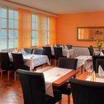 Schönes mediteranes Ambiente! Feine & frisch gekochte Mittagsmenüs zu einem fairen Preis! Die Su