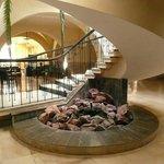 Hall d'entrée - Escalier d'accès au restaurant