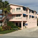 Street View Gulf Stream Resort/Smugglers