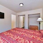 Photo of EconoLodge Inn & Suites - Durango