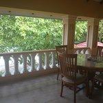 Balkon vor den beiden Ocean View Zimmern