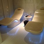 These hot beds in Chuan Spa are all kinds of epic!
