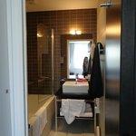 Hipark Grenoble Bathroom
