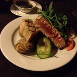 Fresh tuna was wonderful and huge portion.