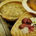 Cantonese Chicken Clay Pot (Non Spicy)