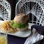 Succulent burger au poulet