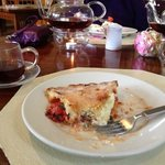 tea and tomato pie