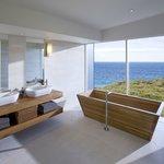 Remarkable Suite Bathroom