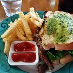 Photo de Marlin Cafe & Grill