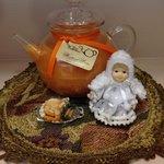 Holiday Tea Pot Candles
