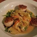 The Corner Kitchen: Delicious Crusted Scallops