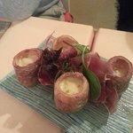 Pommes de terre farcies au morbier et jambon ibérique