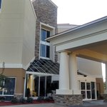 Main entrance to Holiday Inn Express Greenville, NC