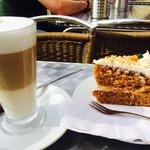 Latte & carrot cake