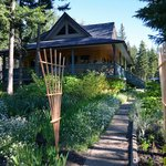 Sunshine Cottage B&B Lone Butte BC