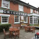 Cricketers, Enfield