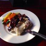 Steak tips with mash & veggies