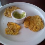 Tostones starter (my lunchmates raided the plate before I could get the camera out)