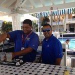 Freaking fun - Awesome Bartenders!!