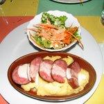 Saucisses (sausage with pistachios)