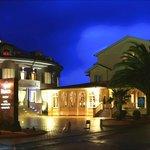 Panorámica fachada hotel