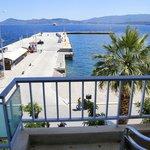 Foto de Saronis Hotel