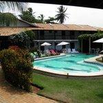 Área interna e piscina