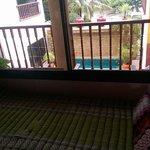 Room/Pool