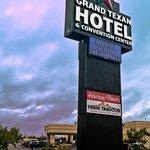 Grand Texan Hotel