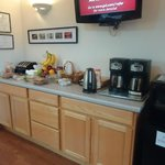 We offer a free complimentary breakfast bar!