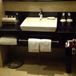 club floor bathroom