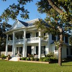 Pecan Manor Bed & Breakfast