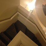 stairs going down (this is why if u have poor sight I dont suggest this room)