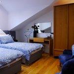 Комната 6 - с двумя отдельными кроватями